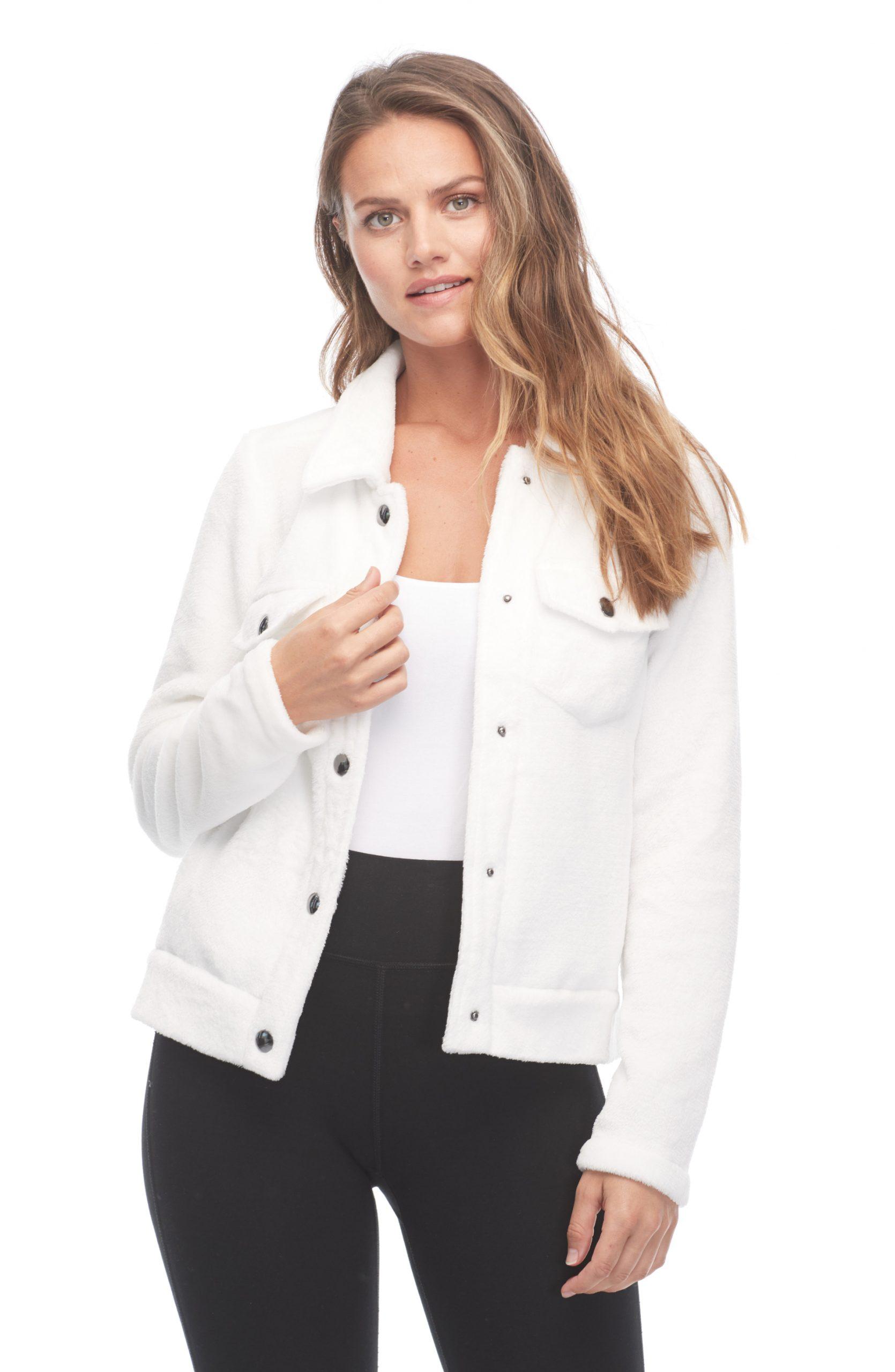 [:en]Plush jacket[:fr]Veste en peluche[:]